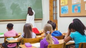 Pediatria: a scuola in forma dopo le feste, i consigli degli esperti Sipps