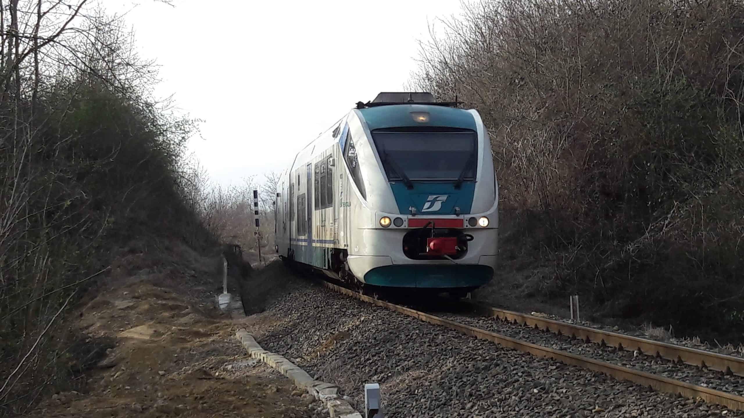 Bloccati sul treno per ore