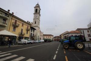 Cameri, il mese di agosto si trascorre in piazza Dante