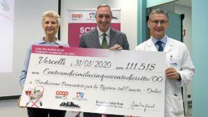 Nova Coop dona 111 mila euro alla Fondazione piemontese per la ricerca sul cancro