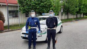 Visiere protettive per gli agenti della polizia locale